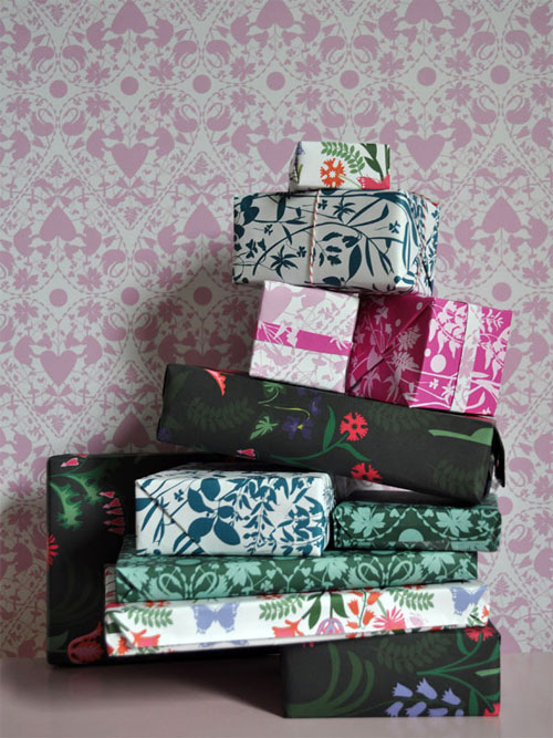 Banquet Patterned Gift Wrap