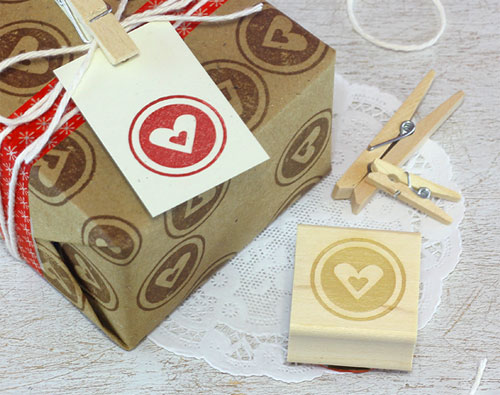 Heart Circle Rubber Stamp