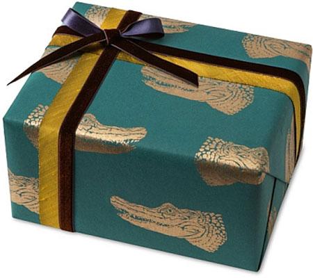 Golden Crocodile Gift Wrap | Midori