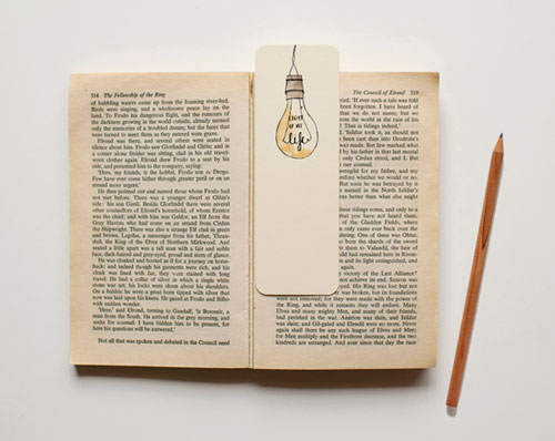 Vintage Light Bulb Illustrated Bookmark | An April Idea