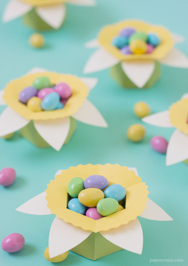 DIY Daffodil Egg Cups / Treat Boxes