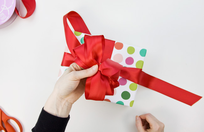 How to Make a Big & Loopy Satin Gift Bow, Step 4