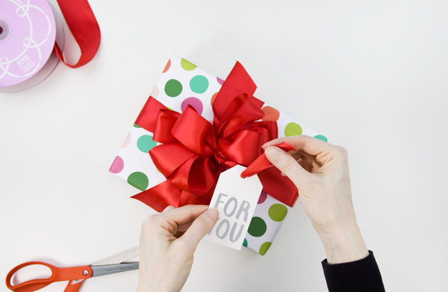 How to Make a Big & Loopy Satin Gift Bow, Step 8