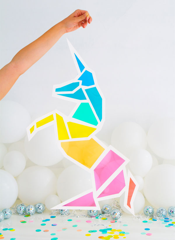 "DIY ""Stained Glass"" Unicorn from Oh Happy Day"