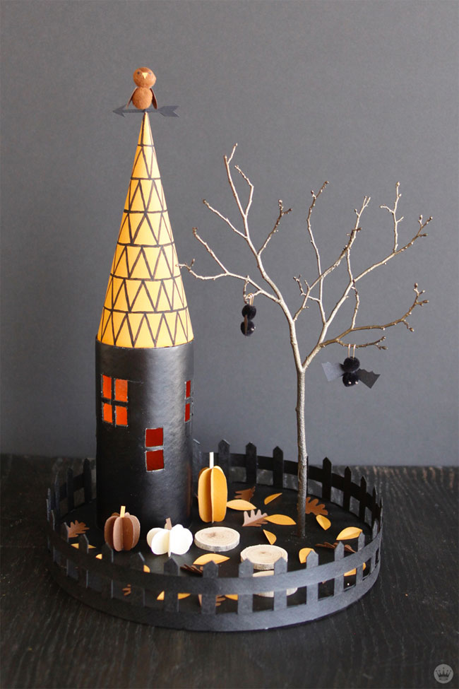 Miniature Halloween Houses from Think.Make.Share.